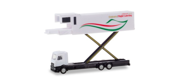 Herpa Wings Airport Accessories : Emirates Flight Catering – A380 Catering truck 1:200