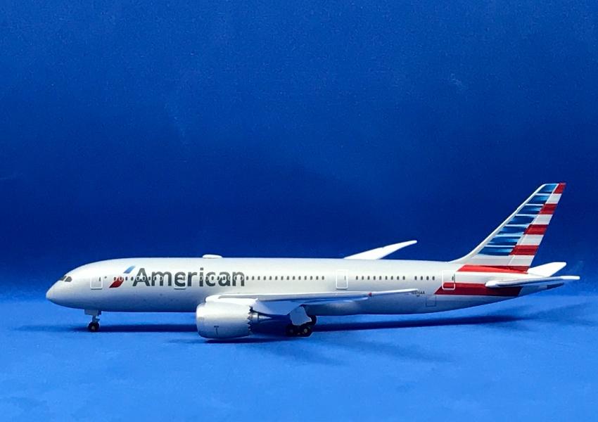 American Airlines Boeing 787-8 Dreamliner 1:500 Registration N816AA