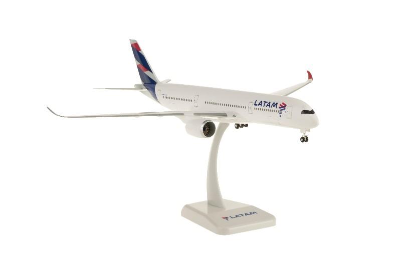 Hogan Wings  LATAM Airbus A350-900 1:200