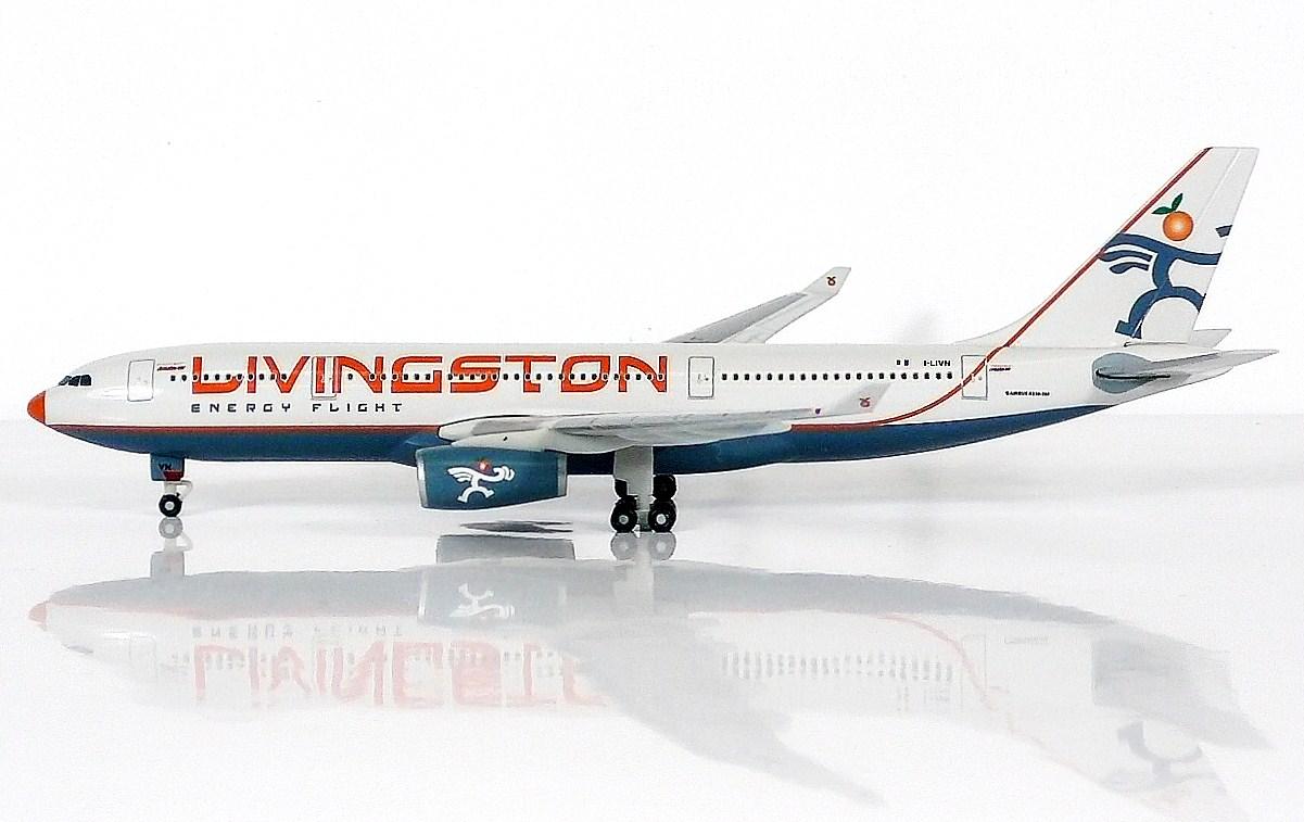 SKY500 Livingston Energy Flight Airbus A330-200 1:500  Registration I-LIVN 意大利 - 利文斯顿航空