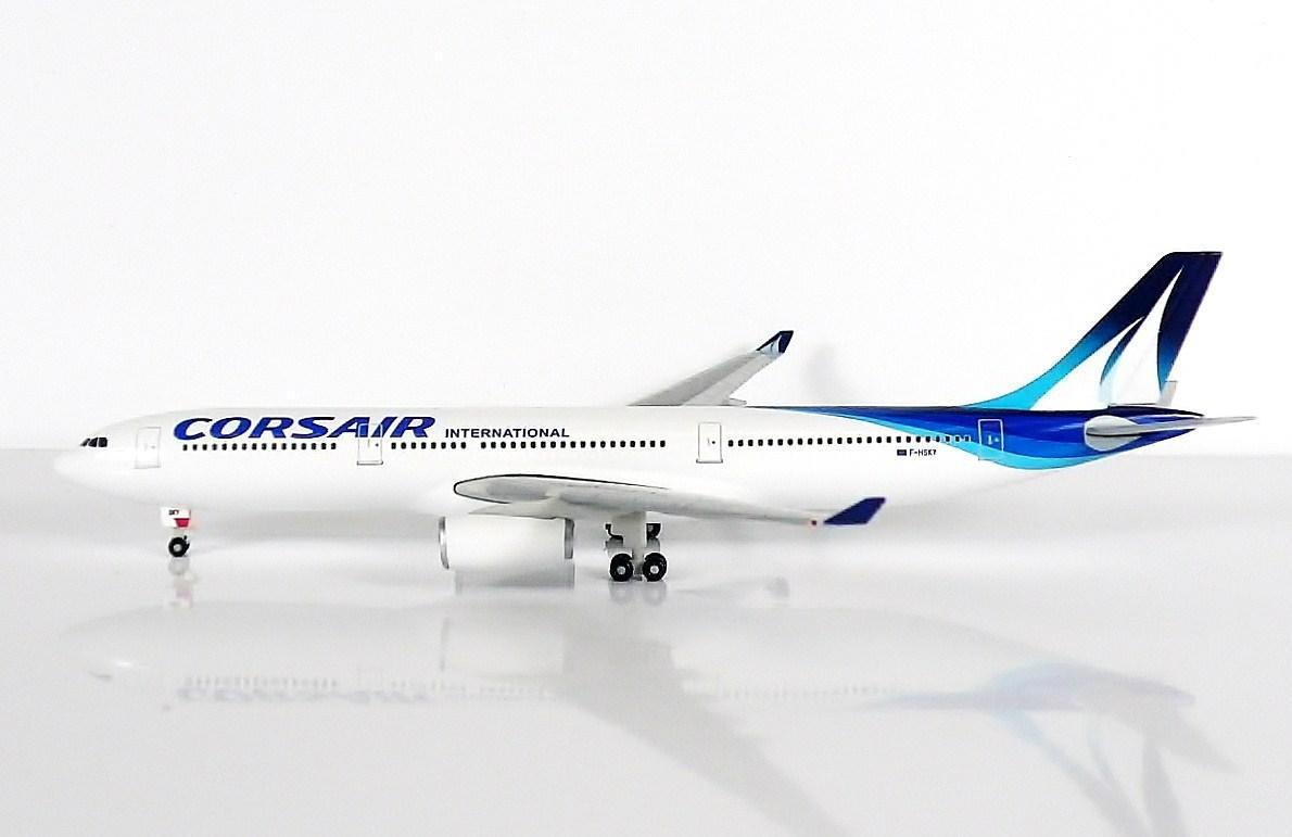 SKY500 Corsair International Airbus A330-300 1:500 Registration F-HSKY 法國 - 科西嘉國際航空