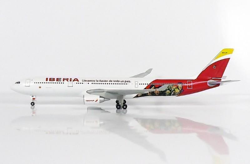 SKY500 Iberia Airbus A330-300 1:500 Special Livery 2014 Registration EC-LYF 伊比利亞航空
