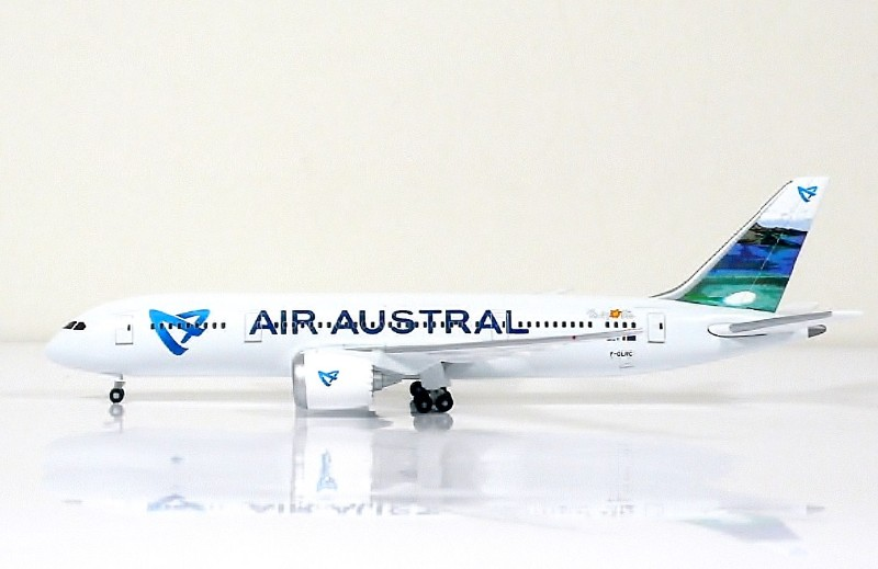SKY500 Air Austral Boeing 787-8 1:500 Registration F-OLRC Limited Edition