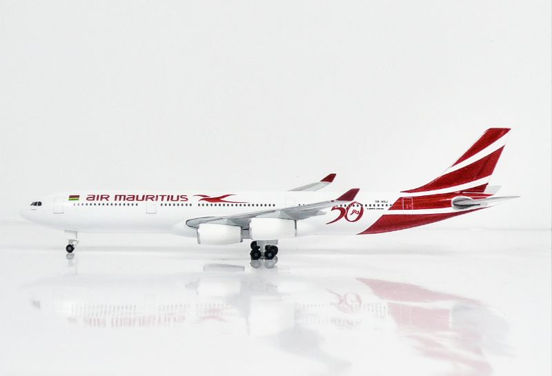 """SKY500 Air Mauritius Airbus A340-300 1:500 """"50th years"""" Registration 3B-NBJ"""